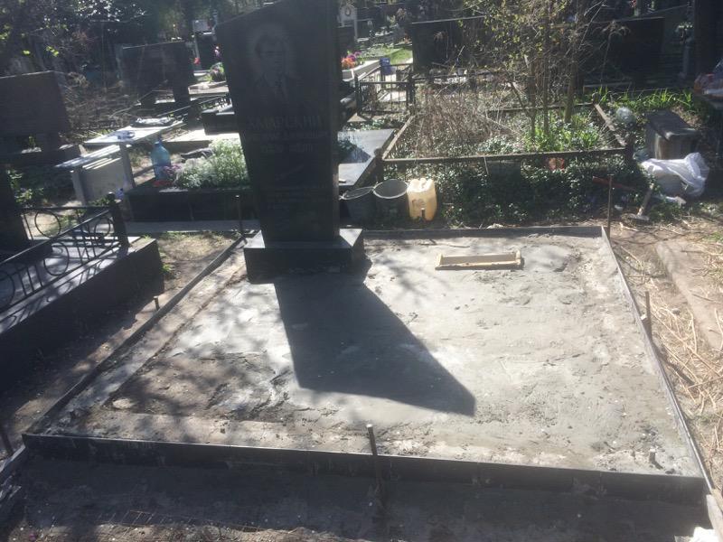 Памятник во время реставрации